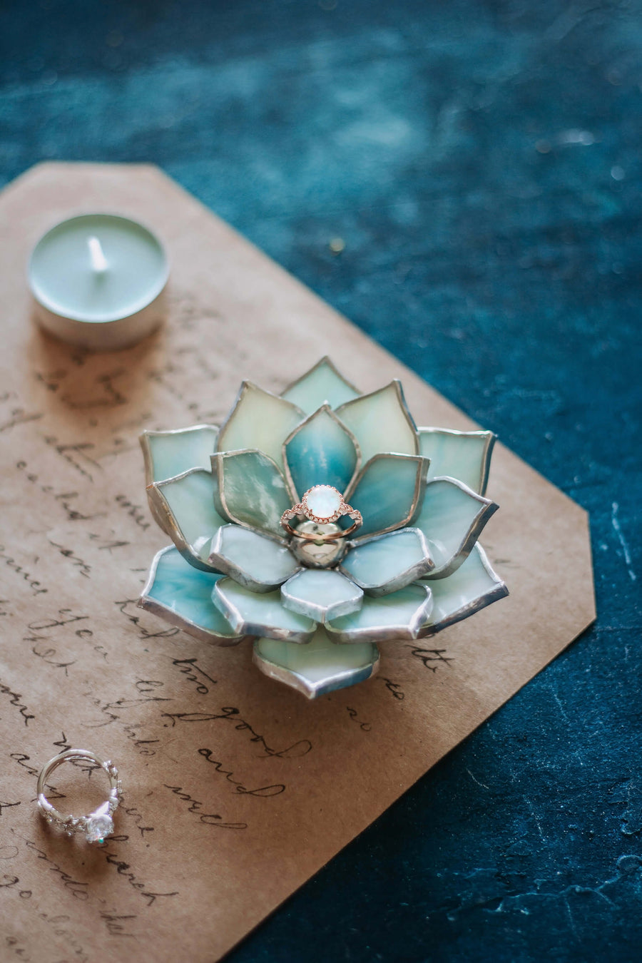 stained-glass-mint-green-blue-succulent-ring-dish-wedding-ceremony-decor-jewelry-holder
