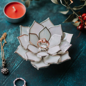 stained-glass-white-ivory-pearl-iridescent-succulent-shaped-engagement-wedding-ring-dish-holder-08
