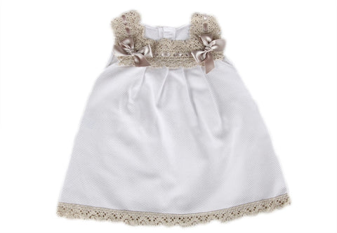 Beautiful cream and biege dress size 3mths