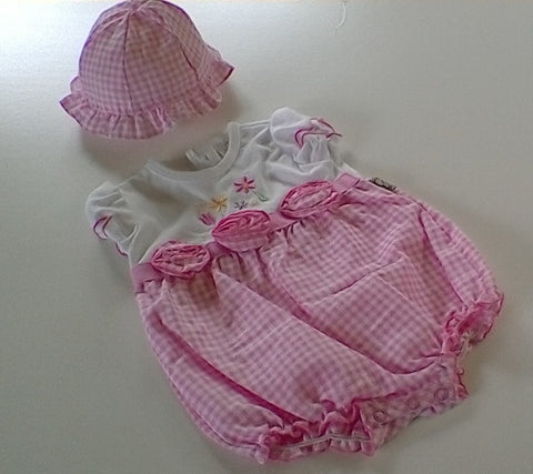 Beautiful Pink and White 2 Piece Romper set   size 0-3 mths