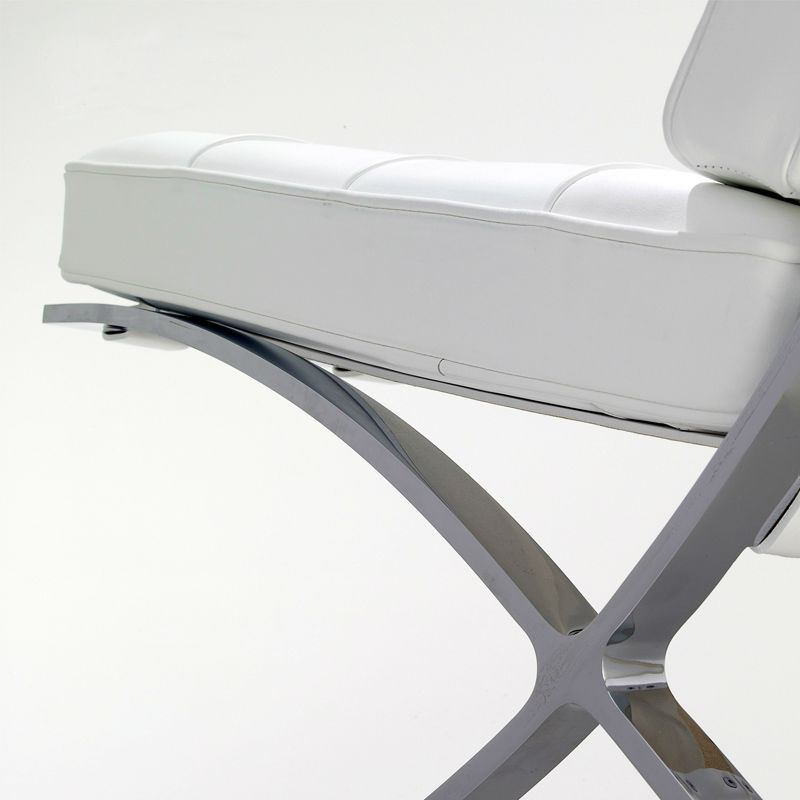 Barcelona Chair White barcelona chair (italian leather)