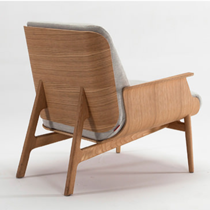 Saga Chair With Wood Legs