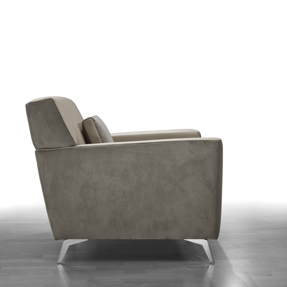 Harry Lounge Chair