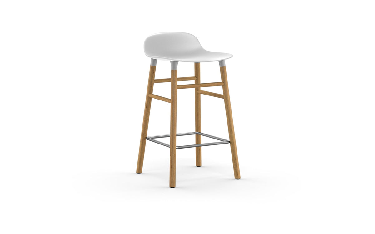 Form Bar Stool 65 cm Wood