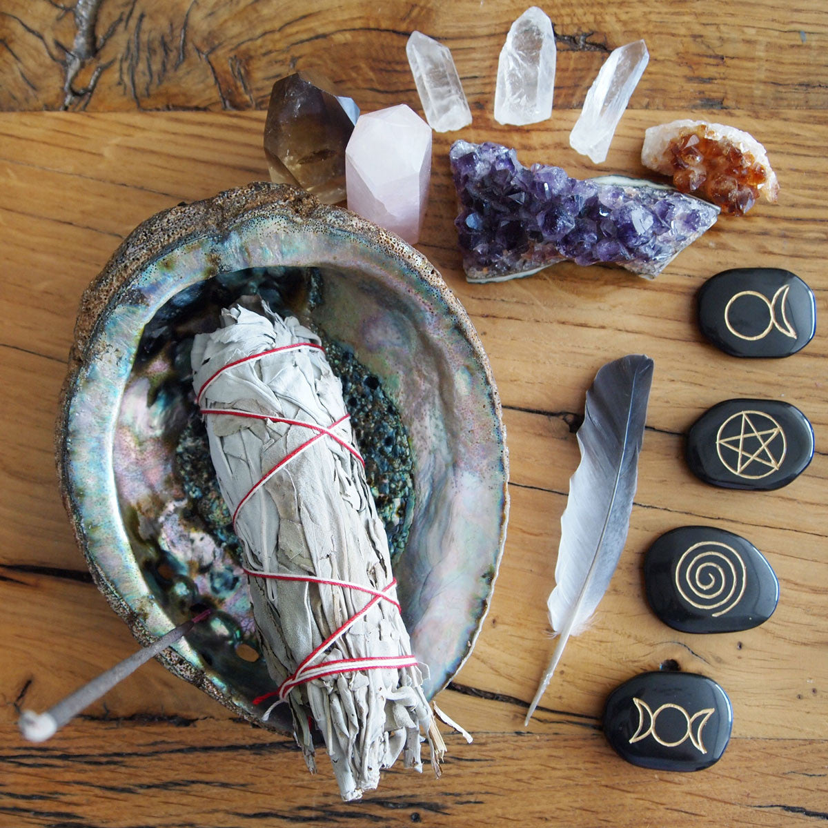 How to Set Up An Altar - The Spirit Nest Guide