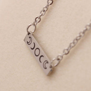 Eclipse bar necklace