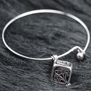 Lava Locket Essential Oil Diffusing Expandable Bangle Bracelet