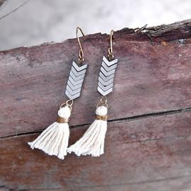 Bohemian tassel earrings with natural stones