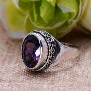 Vintage amethyst ring - sterling silver.