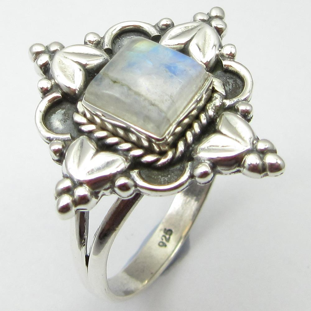 Rainbow moonstone ring - sterling silver.