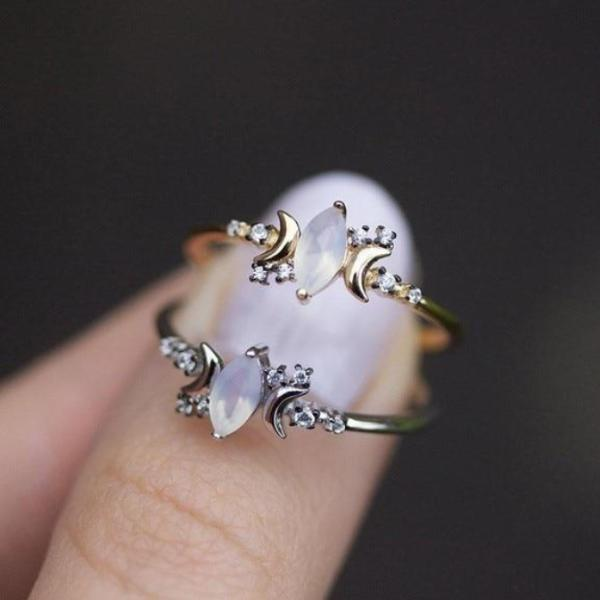 Delicate triple Moon Moonstone Ring