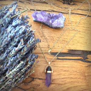 Agate stone with moon choker necklace
