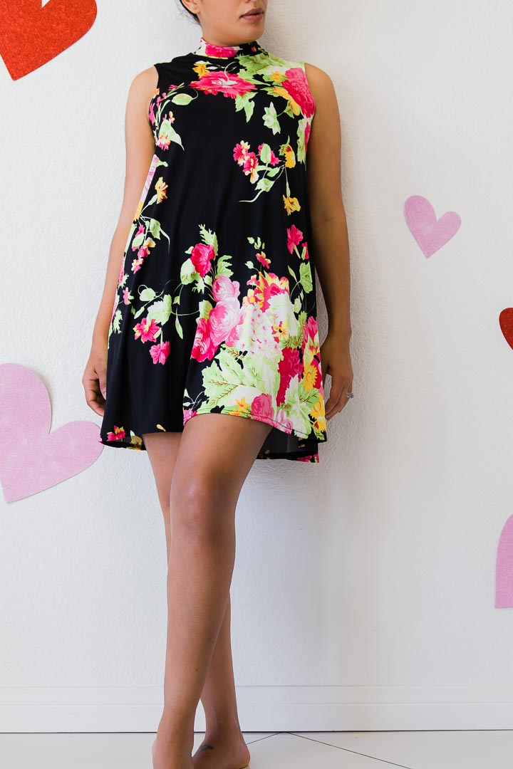 Sleeveless Black dress with floral print  for women