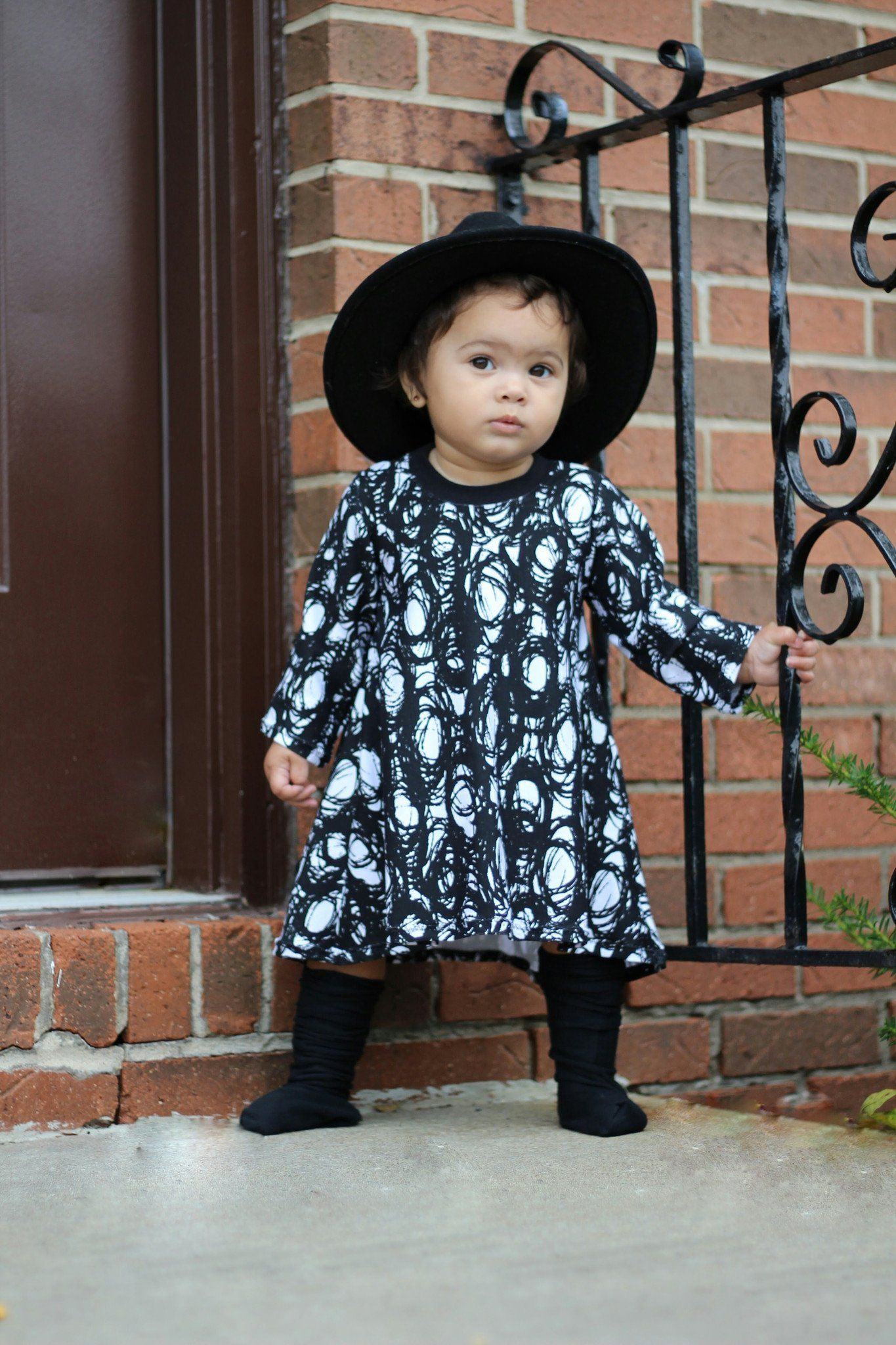Dress - T-Shirt Dress For Toddler Girl's - Black & White