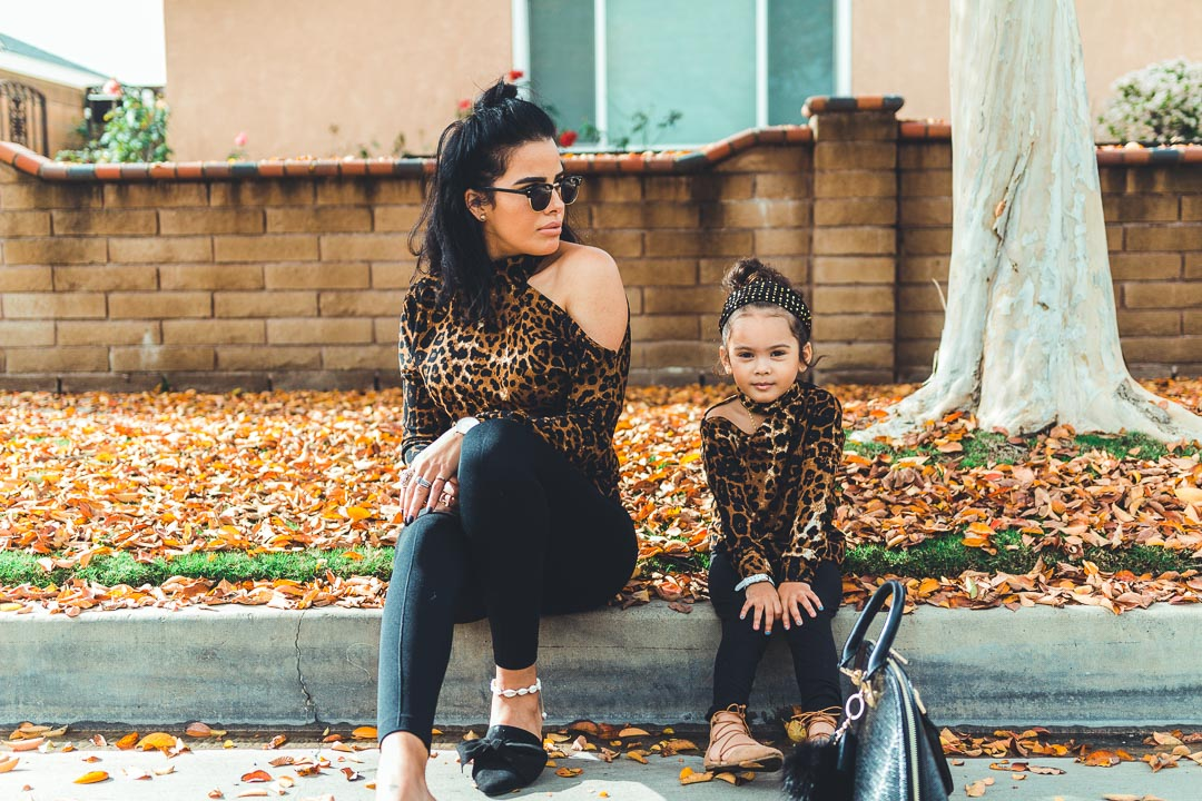 mom and daughter matching cheetah outfits