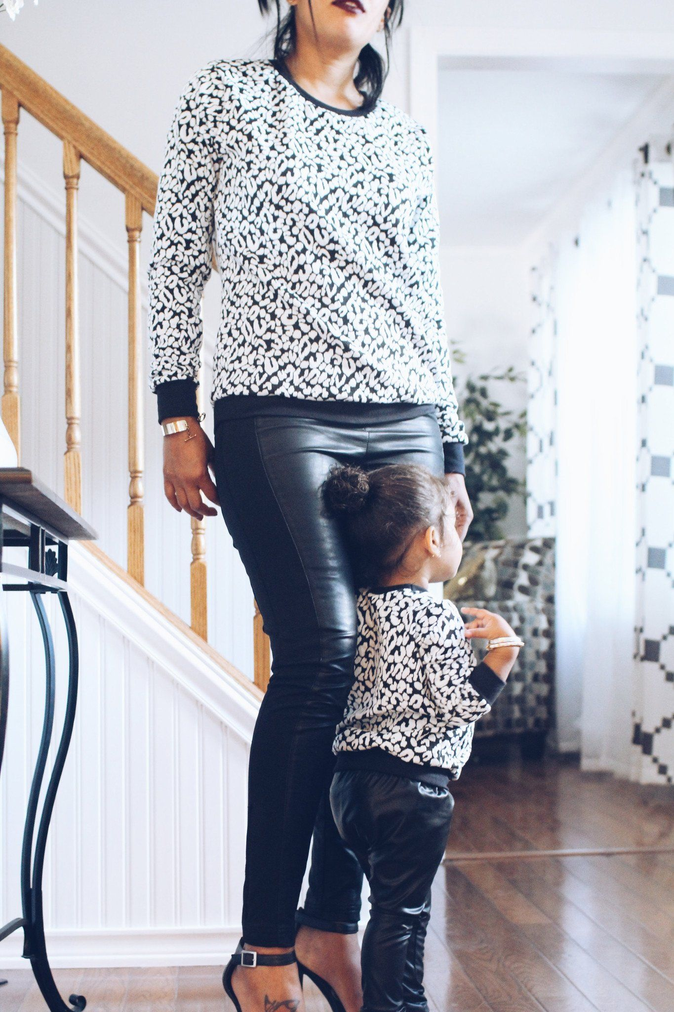 Sweater - Mommy And Baby Matching Tops - Black & White Cheetah Sweaters