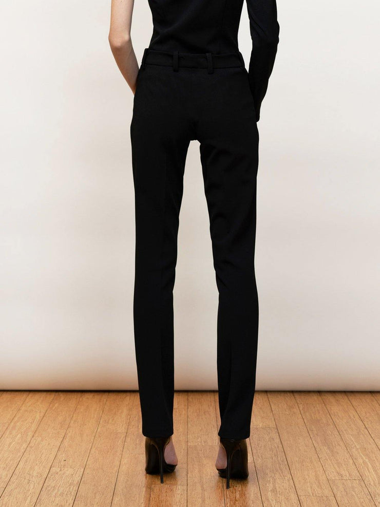 Endless stretch cigarette pants in crepe.