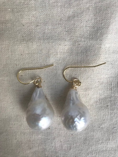 "Drop Pearl ""Pluviam"" earrings"