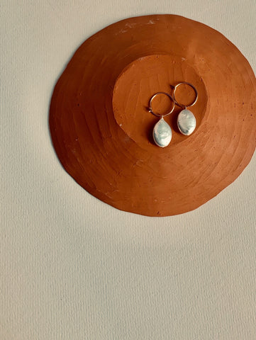 """Uva"" Flat Pearl earrings"