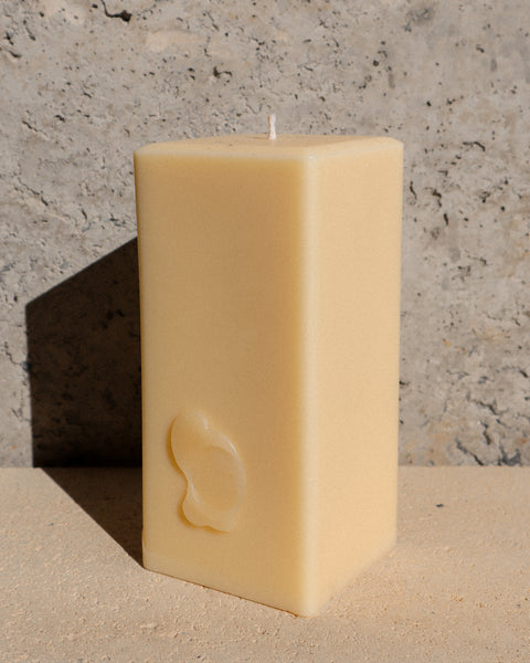 """BOUGIE BERGAMOT"" BEESWAX & SUSTAINABLE PALM WAX CANDLE"