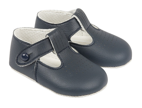 B625. Button T Baypod Shoe