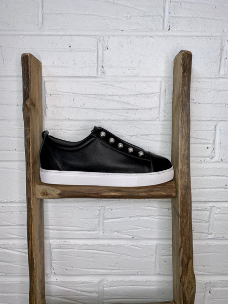 Shoe Collective - Pearl Sneaker