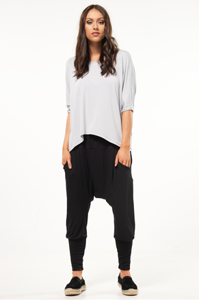 black drop crutch pants