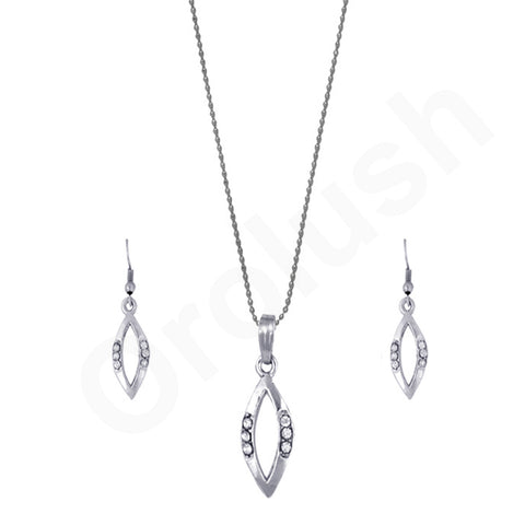 Orolush Abstract beauty silver plated chain pendant set for women