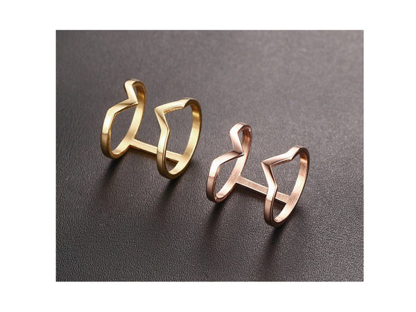 Via Double V Ring - Rosegold - themultistorey.co