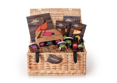 Luxury Hamper with Black Mountains Smokery