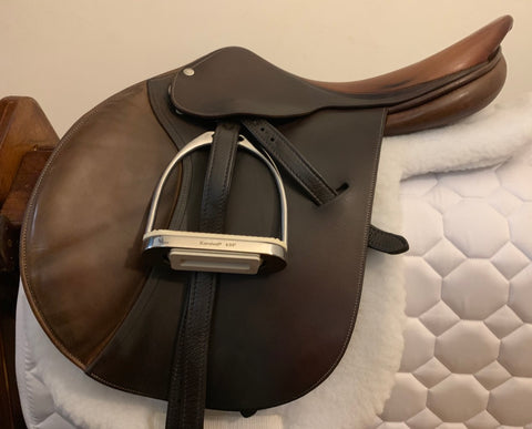 Item #B80C - Butet 17/17.5, Soft Supple Leather, Long Flap, with Passier Leathers, Korsteel Irons, Medallion Shaped Pad, Professional's Choice Square Pad with VenTECH Lining, and Big D Quilted Carrying Case