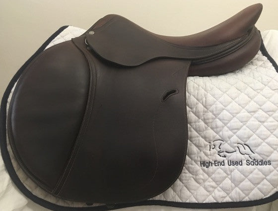 Item #AN91C - Antares  17.5 Full Calfskin, Long/Forward Flap, Wide Tree, Excellent Condition, Very Soft Grippy Leather