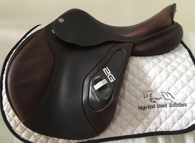 "Item #CW58C - CWD 2G 17"" Extremely Grippy Leather, Integrated Panels, Beautiful Condition"