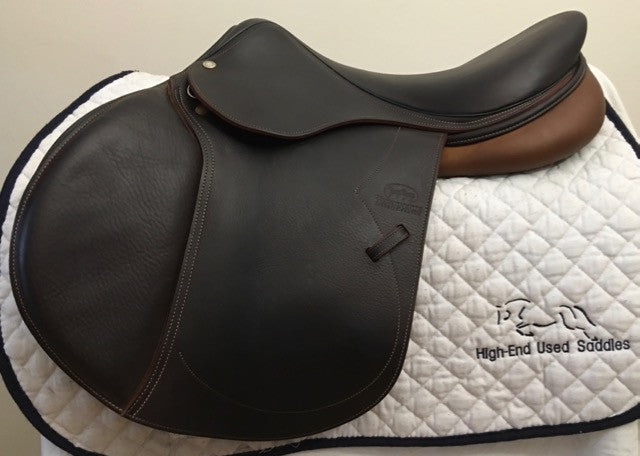 Item #DV79C - Devoucoux Biarritz D3D Technology 16.5/17 Goregeous Dark Brown Full Buffalo, Excellent Condition, Looks Nearly New, 2013, Forward Flap, All the Bells and Whistles