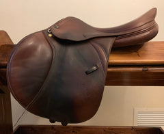 "Item #PS22C - Prestige 17"" Meredith, Full Calfskin, Medium Tree (Can Be Adjusted by Saddler to Narrow through Wide), Very Good Condition"