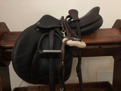 "Item #VO11C - Voltaire Palm Beach 17"", Long Flap (3), Dark Brown Full Calfskin, Beautiful Condition 2011, Super Soft Grippy, 4.5"", with Free Prestige Leathers, Free Royal Rider Irons, Free D-savers and Free 5-Point Breastplate"