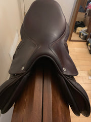 "Item #CW91C - CWD SE03 17"" Regular Flap, Regular Tree, Full Calfskin, 2015, Integrated Panels, Excellent Condition"