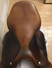 "Item #DV82C - Item #DV82C – Devoucoux Biarritz 17"" Full Calfskin, Regular Flap, 2009 Model"