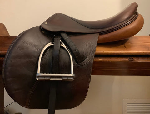 "Item #DV92C – Devoucoux Oldara 18"" Long Flap, Full Buffalo, Soft and Grippy, 2006, with MDC ""S"" Irons"