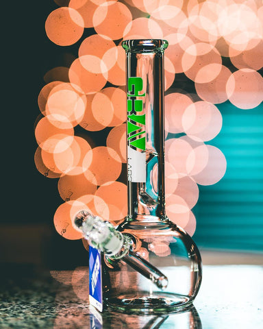 Grav - Round Base Water Pipe with Geoemtric Ice Pinch