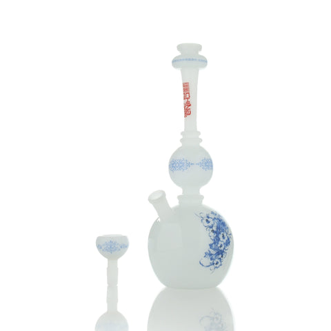 The China Glass - Tang Dynasty Vase Pipe