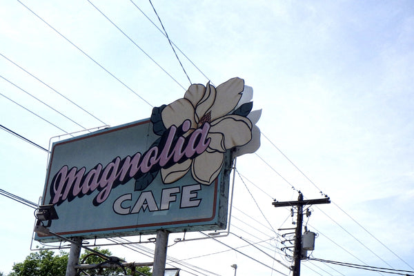 Magnolia Cafe West: Main Sign
