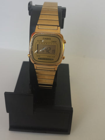 Vintage Gold Metal Band Chronograph Alarm Casio Watch