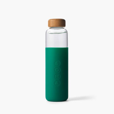 soma blush v2 17oz glass water bottle is made from shatter resistant borosilicate glass, with an outer protective silicone sleeve