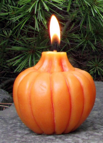 sunbeam candles 100% beeswax small pumpkin is hand-crafted with an unbleached, lead-free cotton wick
