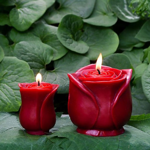 sunbeam candles beeswax petite red rose is crafted with 100% pure beeswax, lead-free cotton wicks