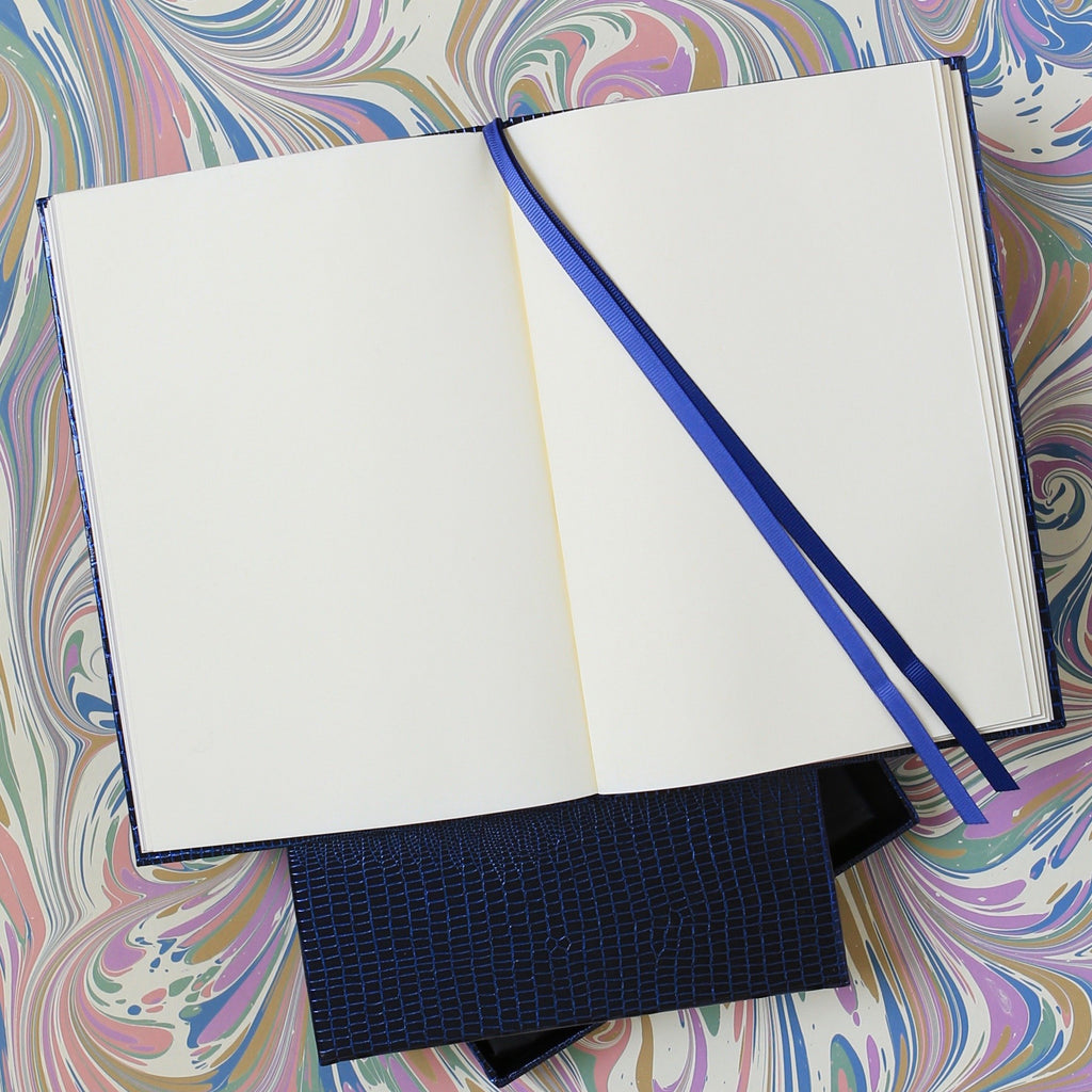 The BLOX A5 Notebook: Midnight Blue internal page