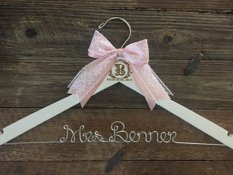 Vintage Monogram Hanger / Bridal Hanger / Engraved Bride Hanger / Wedding Monogram Hanger / Vintage Wedding / Rustic Hanger