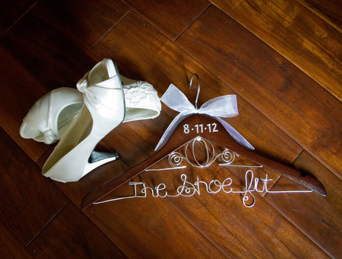 Bridal Hanger / CINDERELLA Brides Hanger / Wedding Hanger / Disney Hanger / Personalized Hanger / Name Hanger / Fairy Tail Hanger