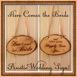 Here Comes the Bride Sign / Tree Slice Sign / Rustic Wedding Sign / Ring Bearer Sign / Wedding Photo Prop / Engraved Sign / Flower Girl Sig